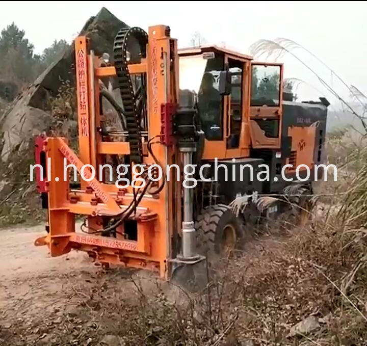 Road Construction Hydraulic Hammer Post Driver