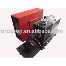 Machine ultrasonique de soudure en métal de tache