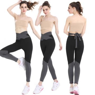 Farblich passende Frauen Yogahosen