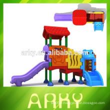 2015 nouvellement extérieur enfants maison de jeux de plastique slide park structure de jeu à vendre