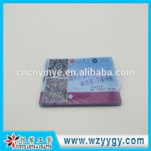 8.8 * 5.6 molde caso clara personalizado tarjetas de plástico con impresión de la insignia