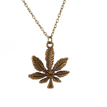 Punk Style Leaf Shape Pendant Mulheres Fashion Necklace