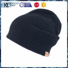 El último producto sombrero de acrílico del knit del invierno de la calidad del OEM para la promoción