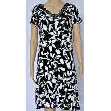 Vestido feminino com decote em V com design de renda