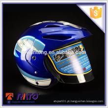 Fashinable capacete de motocicleta de rosto cheio azul atacado