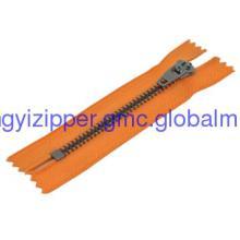 zipper with Y teeth