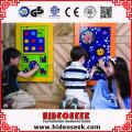 Merveilleux jouets de jeu en bois standard ASTM pour enfants sur un mur