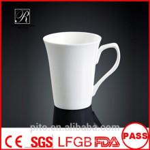 P & T Fabrikkeramikbecher, Kaffeetassen, weiße Becher