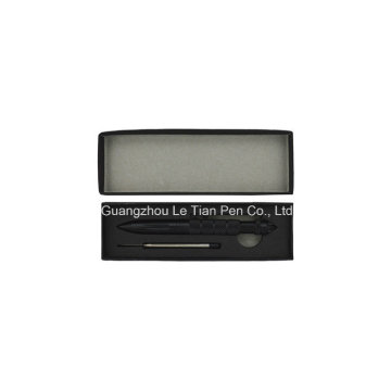 Pluma de bola de goma plástica negra de la caja de la pluma Click Pen Box barata