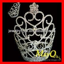 Hermosa flor pequeña corona de diamantes de diseño para las niñas