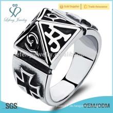 Silberner Art und Weise Ring, späteste Ringentwürfe, großer Ring