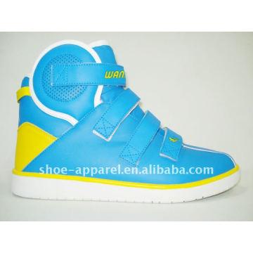 El zapato barato del highcut de la marca al por mayor 2013 patea el zapato casual del nikel