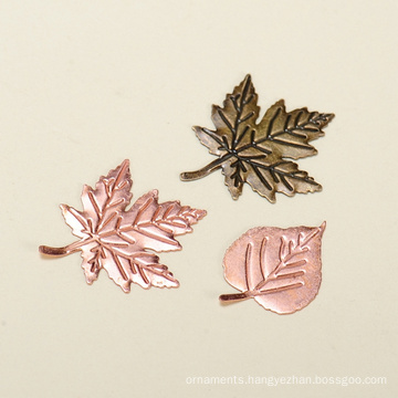 Yiwu hot maple leaves shape metal crafts alibaba