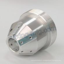 Tour de commande numérique par ordinateur de précision usinant des pièces en aluminium d'axe 4 pour le support de lampe
