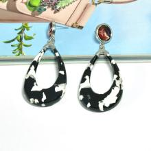 New trending cow print pattern custom stud earrings white and black acrylic cow earrings