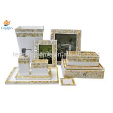 Cuarto de baño de oro conjunto cubo de basura tejido de la caja de la bandeja de la botella loción botella 5 Grado hotel necesidad