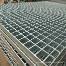 Heißes DIP galvanisiertes Gitter, galvanisierter Boden geschweißtes Gitter