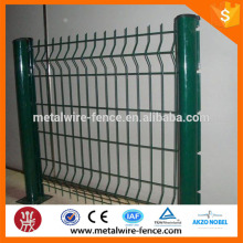 hot dip galvanized wire mesh fence panels/low price /PVC coated wire mesh fence