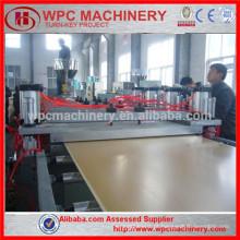 Máquina de produção de placa de espuma de plástico em madeira WPC