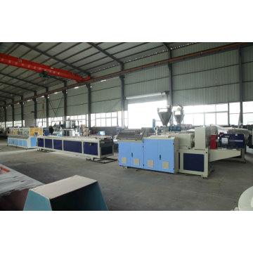 Linha de máquinas para fabricação de perfis de janelas em PVC plástico