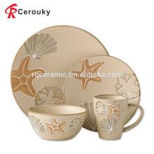 Forma de estrella de diseño hermoso personalizado grabado cena de cerámica conjunto