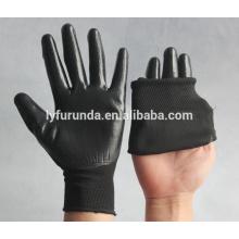 Les gants de travail au polyester les moins chers enduits de nitrile sur la paume pour le marché pologne