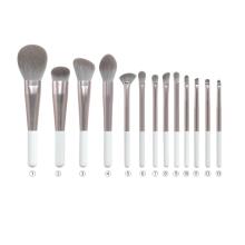 Luxury Makeup Brush Set Wholesale with long ferrule