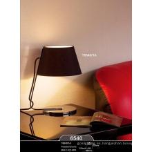 Iluminación de escritorio decorativa moderna de la oficina de acero (T6540-1A)