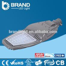 CE & RoHS Carcasa de aluminio de alta calidad impermeable IP65 al aire libre 20W LED Street Light