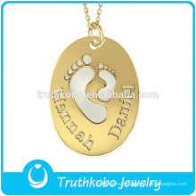 L-P0499 Baby Foot Cut Out Lovely Pendant Oval Gold KeepsakesJewelry Stainless Steel Children Jewelry Charm Pendant Love Necklace