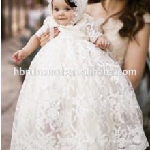 Vêtements de baptême de bébé cultivé brodé longue robe de baptême bébé fille en dentelle