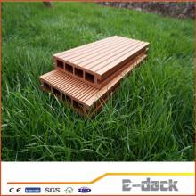 Impermeável superfície lisa madeira compósitos oco decking