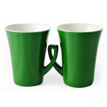 Различные новые кофейные чашки коммерческого кофе