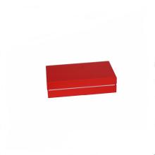 Caja de regalo impresa en rojo Kraft con paquete de revestimiento