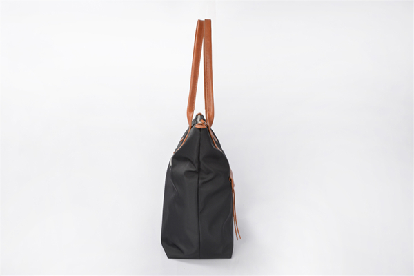 Popular Large capacity Nylon Tote Bag Women Handbag