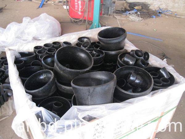 Alloy pipe fitting (286)