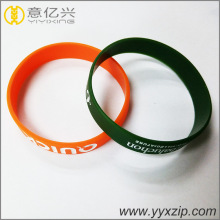 Custom silicone bracelet keychain for sports