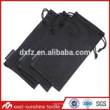 Vente en gros de sacs à lunette en microfibre à cordon OEM avec étiquette