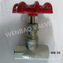 "BSPT 1/2"" CF8 Globe Valve 200lb with Handwheel"