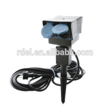 2 prises de contact de sécurité et une minuterie mécanique ronde spike au sol pour prise de jardin
