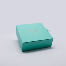 Green color custom paper wireless charging magnetic box packaging with sleeve