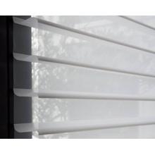 Nueva ceja transparente de diseño para el tratamiento de ventanas