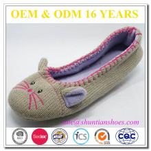 Zapatos lindos de la bailarina del knit del diseño animal de los ratones