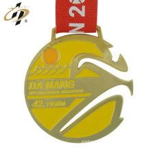 China promocional logotipo personalizado liga de zinco metal medalhas de ouro esportes