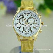 Nuevo reloj de oro de los hombres de lujo de la aleación del dial del diseño 3