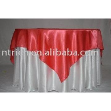 tissu de satin blanc linge de table, linge de table hôtel, superposition de satinée rouge
