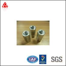 Porca hexagonal de aço carbono DIN6334 M8-M20