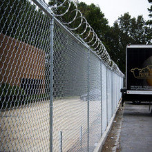 Black Powder Coated Chain Link Fencing Basketball Court