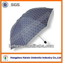 Nuevo diseño de paraguas de rayas en tamaño de paraguas estándar