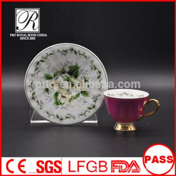 P & T Chaozhou Fabrik, Kaffeetassen & Untertassen, lila Farbe glasierte Tassen, Gold Füße Tassen
